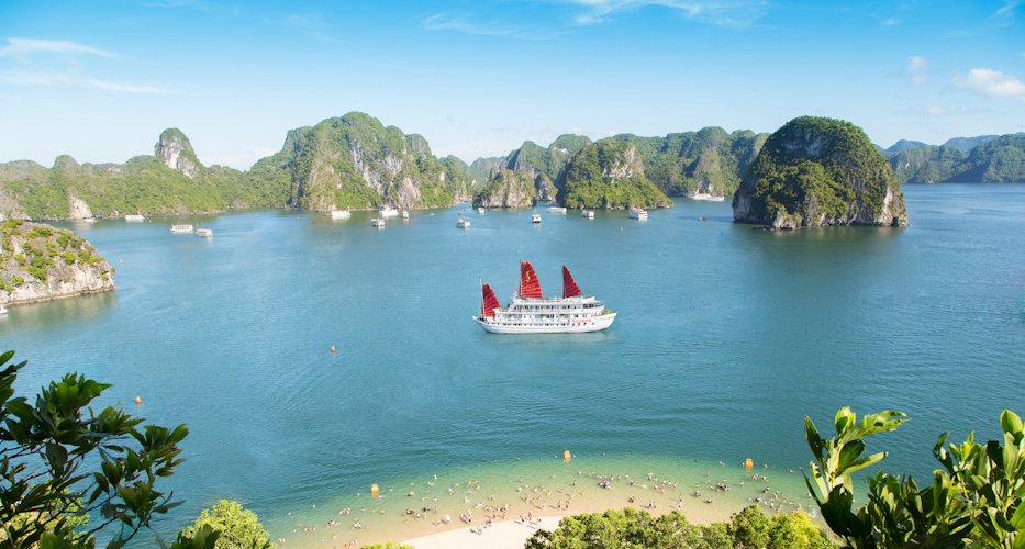 plage baie d'Halong