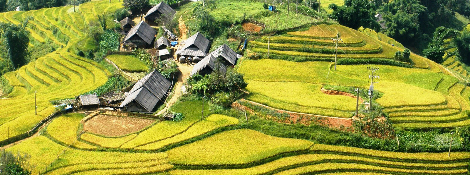http://www.fareastour.fr/wp-content/uploads/2012/09/Lao-Chai-village-3.jpg